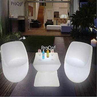 1セットのLedテーブルと椅子の組み合わせ