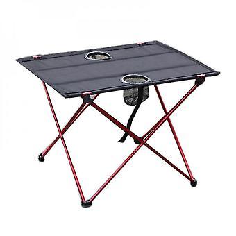 Ulkona piknikpöytä ja tuoli asetettu alumiiniseos taittopöytä