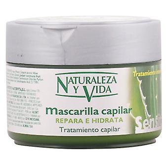 Naturaleza y Vida Sensitive Hair Mask Repairs And Moisturises 300 ml