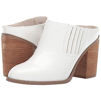 Madden Girl Womens Maggiee Fabric Closed Toe Mules