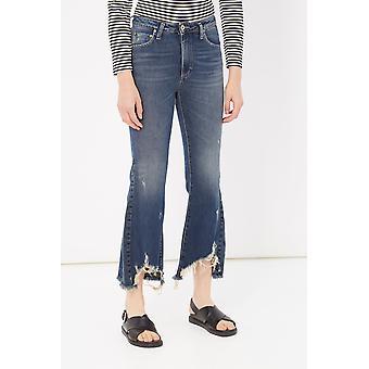Blue Jeans Please Woman