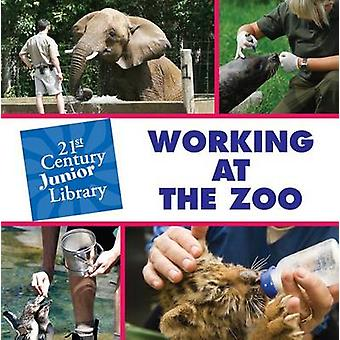 Working at the Zoo by Tamra Orr - 9781602799783 Book