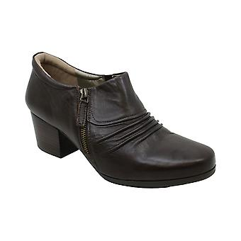 ARRAY Dallas Femmes-apos;s Slip On 10 C/D US Brown