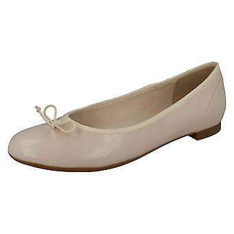 Ladies Clarks Ballerina Style Flats Couture Bloom