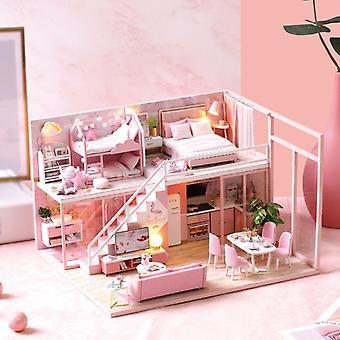 Nukkekodin miniatyyri huonekaluilla, diy-nukkekotisarja sekä pölynkestävä ja musiikin liike,