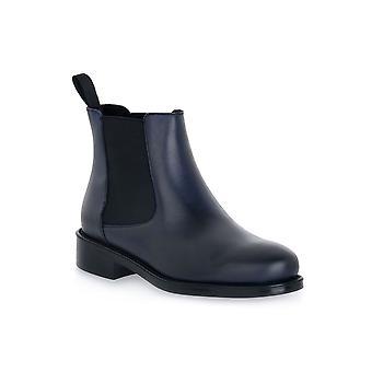 Frau blue silk shoes