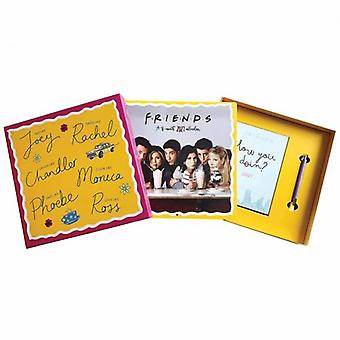 Friends Collectors Calendar Gift Set 2021