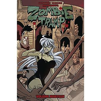 Zombie Tramp Volume 19 A Dead Girl in Europa door Vince Hernandez & Door kunstenaar Marco Maccagni & Edited door Nicole D Andria