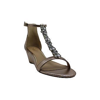 Jewel Badgley Mischka Women's DARRELL Sandal, rose gold/metallic, 5.5 M US