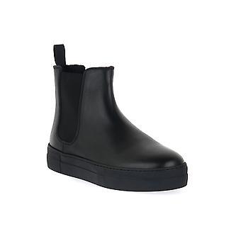 Frau tibet black shoes