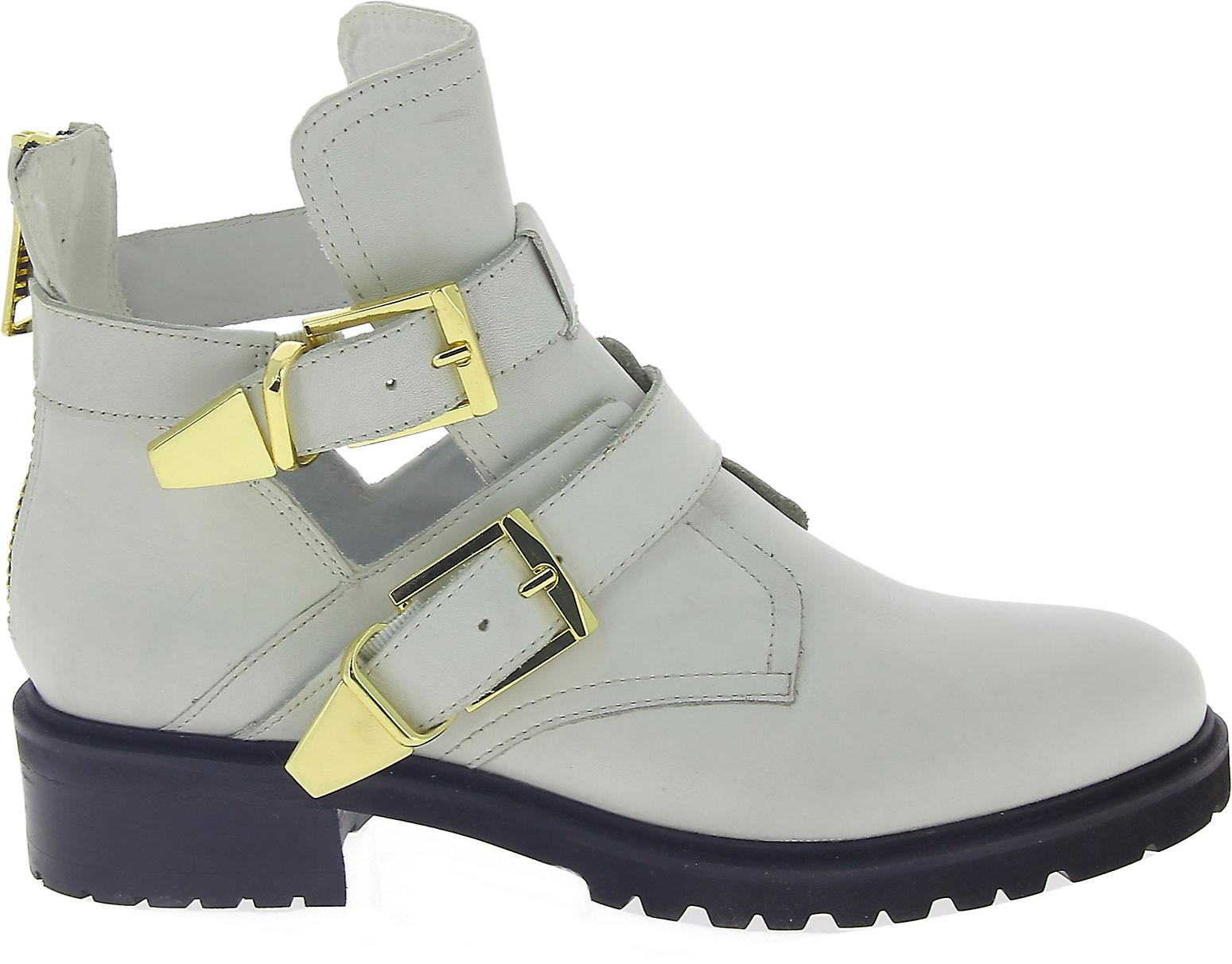 Steve Madden 910005991000102001 Women's White Faux Leather Ankle Boots
