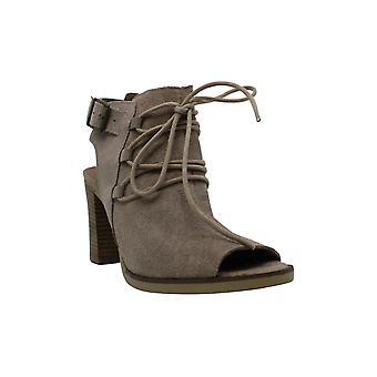 Bella Vita PRU-Italy Women's Sandal 5.5 B(M) US Almond-Suede