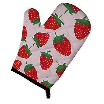 Carolines Treasures  BB5146OVMT Strawberries on Pink Oven Mitt