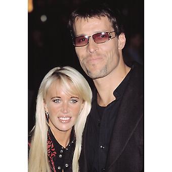 Тони Роббинс с женой на премьере Nyc красный дракон 9302002 Cj Контино знаменитостью