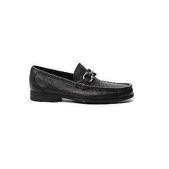 Salvatore Ferragamo 029392642848 Heren's Black Leather Loafers