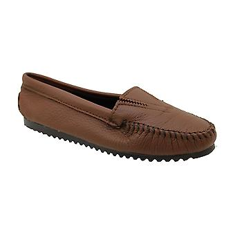 Minnetonka Womens Moccasin Closed Toe Loafers