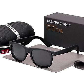Plain matt black traveller frame sunglasses