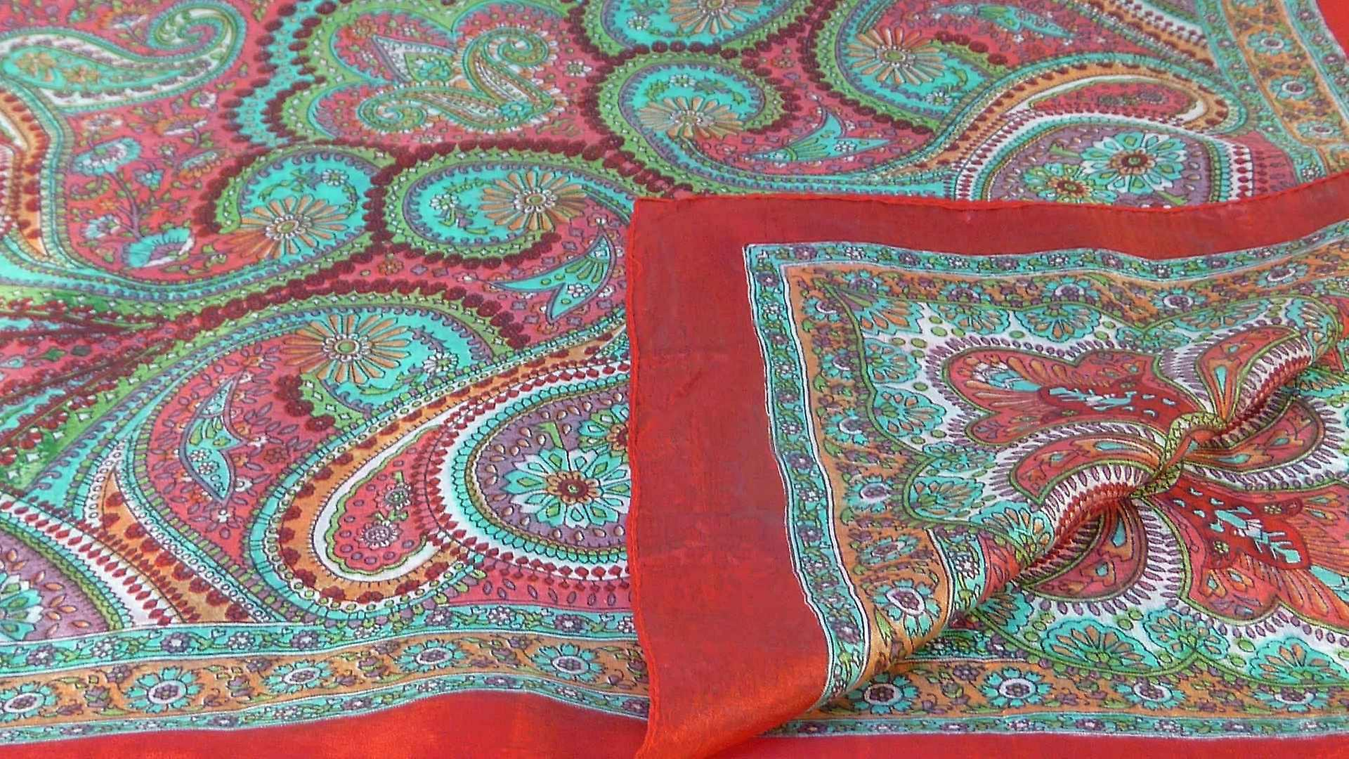 Mulberry Silk Traditional Square Scarf Zee Scarlet by Pashmina & Silk