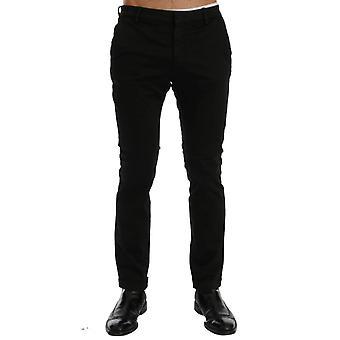 Calça de algodão preto slim fit