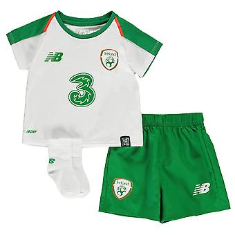 New Balance Kids Ireland Baby Away Kit 2018 2019 International Minikit Football