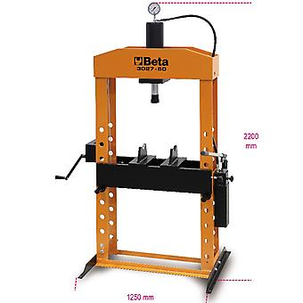 3027 50 Beta Hydraulic Press With Moving Piston Max 50 Tonne