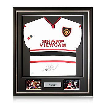 Ryan Giggs värvade Manchester United 1999. Deluxe ram