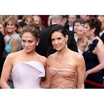 Jennifer Lopez Demi Moore tulohallissa 82. vuosikertomus Oscar jakotilaisuudessa Oscar - saapuminen Kodak Theatre Los Angeles Ca maaliskuu 7 2010 kuva: Emilio FloresEverett kokoelma