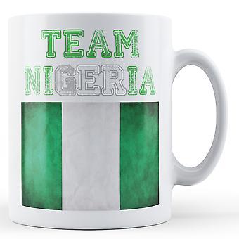Nigeria - bedruckte Becher-Team