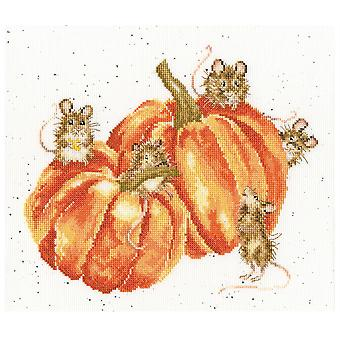Bothy Threads Cross Stitch Kit - Pumpkin, Spice And All Things Mice