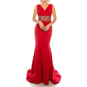 Suknia z krepy z teksową talią