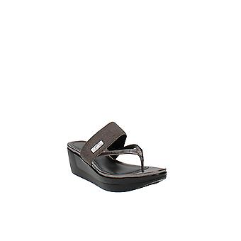 Reaction Kenneth Cole | Pepea Cross Wedge Sandals
