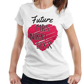 将来夫人ニッキニッキ女性の T シャツ