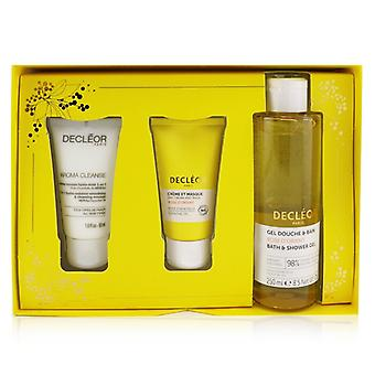 Infinite Soothing Rose Damascena Skincare Set: Aroma Cleanse Cleansing Mousse+ Day Cream & Mask+ Bath & Shower G