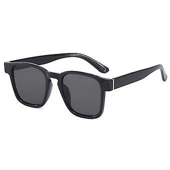 Zwarte retro geïnspireerde zonnebril voor mannen