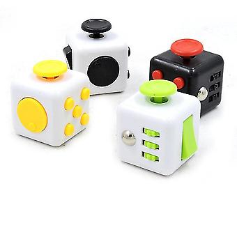 Mechanical puzzles 4pcs decompression dice decompression ring characteristic office toy pressure resistance