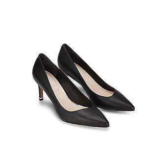 Kenneth Cole New York Women's Riley 70 Pump