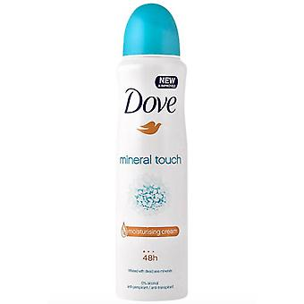 Dove Feuchtigkeitscreme Mineral Touch - 6 PACK