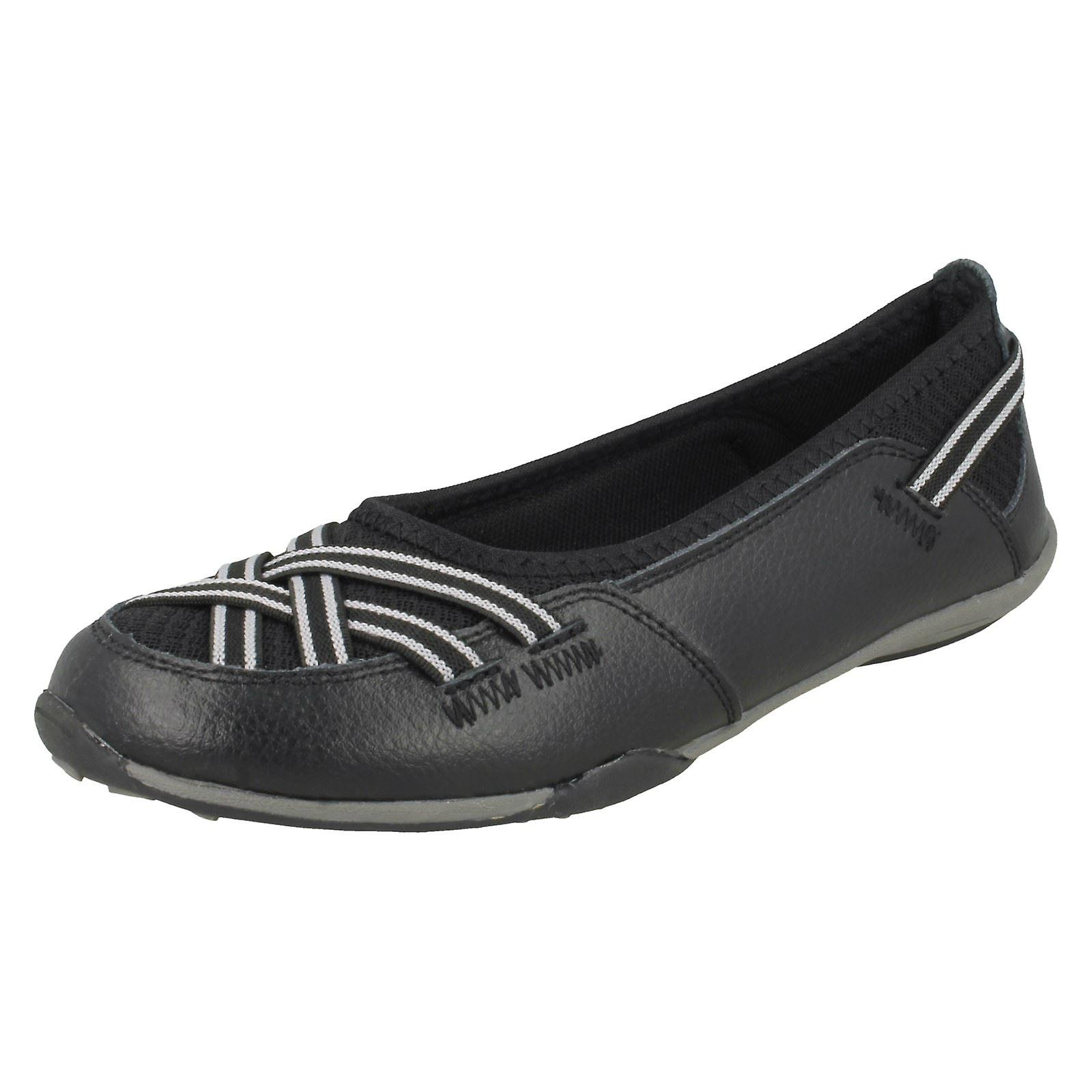 Ladies Down To Earth Flat Shoes rwdF7
