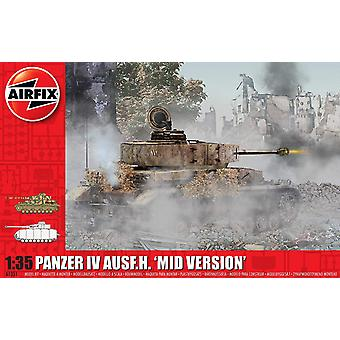 Airfix A1351 1:35 Panzer IV Ausf.H Mid Version Tank Model Kit
