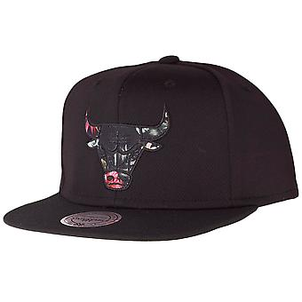 Mitchell & Ness Snapback Cap - FLORAL INFILL Chicago Bulls