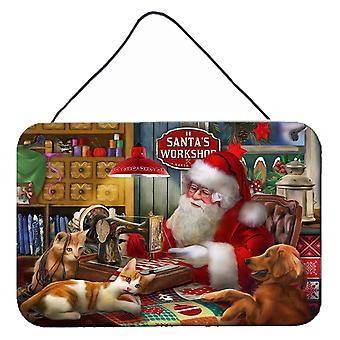 Santa's Workshop, kultainennoutaja ja kissojen seinä- tai oven ripustusjälket