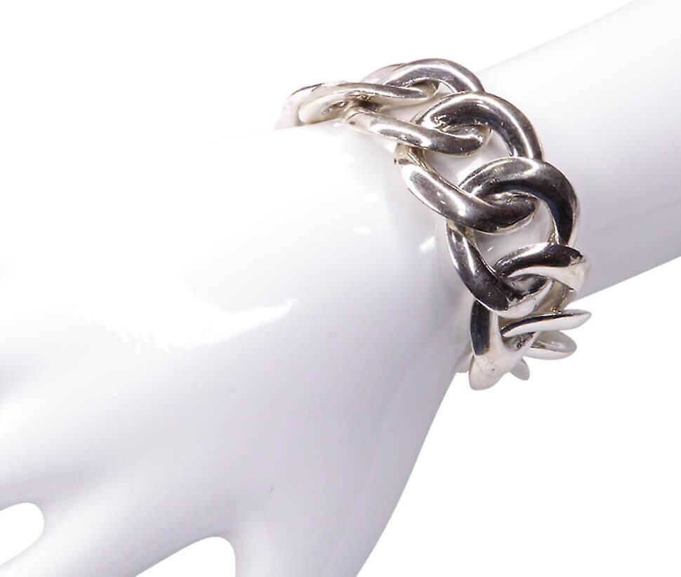 Silver bracelet with circle bracelet