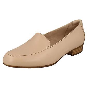 Ladies Clarks Low Heeled Loafers Juliet Lora