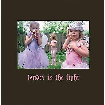 Tender Is the Light by David Julian Leonard - W M Hunt - 978386828695