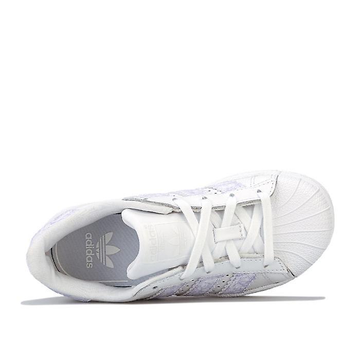Jente&s Adidas Originals Barn Superstar Trenere I Hvitt