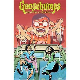 Goosebumps - Monsters At Midnight by Jeremy Lambert - 9781684051557 Bo