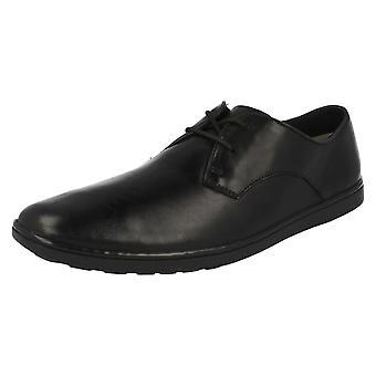 Mens Clarks chaussures Orwin dentelle