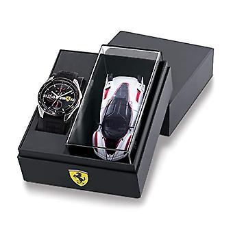 Scuderia Ferrari Analog Watch Quartz Man with Silicone Strap 870045