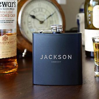 | de cumpleaños Groomsman Black Flask | Nombre en el matraz