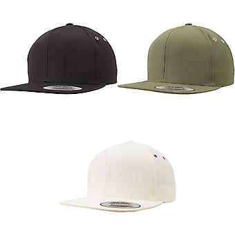 Flexfit by Yupoong Water Repellent Snapback Cap